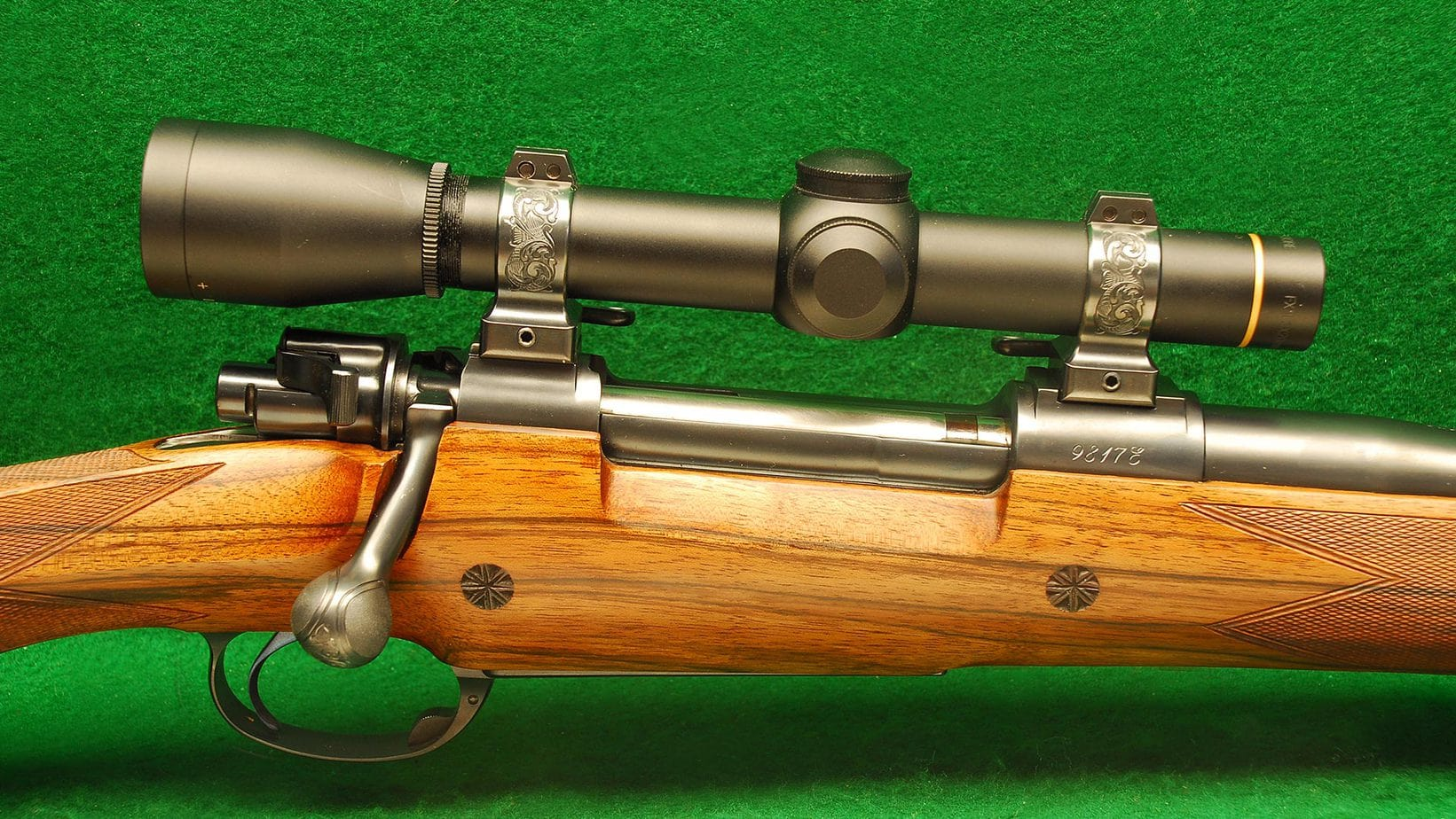 how does a 22 bolt action rifle work